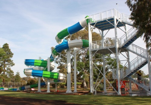 Marion Outdoor Waterslide by Swimplex Aquatics 003